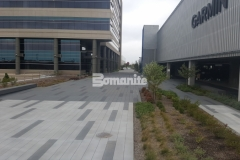 This distinctive hardscape surface at the Garmin Pedestrian Plaza features a custom color pattern and seamless joint layout that were executed using Bomanite Con-Color and Bomanite Sandscape Texture decorative concrete to create a high-end, sophisticated design with beautiful visual appeal.