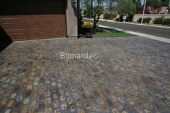 Heritage Bomanite uses Bomanite Bomacron Textured and Pattern Imprinted Concrete making this driveway stand out in the neighborhood..